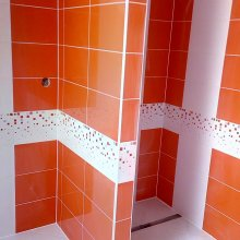 Zlonin - obložení koupelny