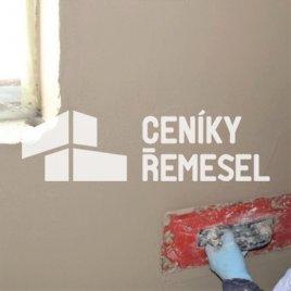 Natažení vyrovnávací vrstvy štuku na stěnu