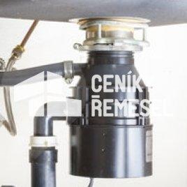 Montáž drtiče odpadu pro kuchyňský dřez