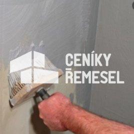 Malba stěny štětkou (1 vrstva - vápenná bílá barva)