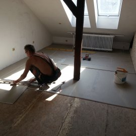 montáž podlahových dílců
