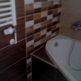 obklady a dlažby v koupelně