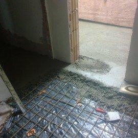 vyrovnání podkladu betonem