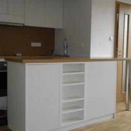 zrekonstruovaná kuchyně