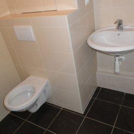 zrekonstruovaná toaleta