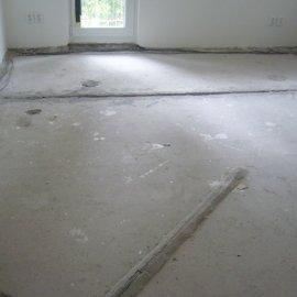 stržení staré podlahy