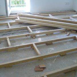 montáž dřevěné konstrukce