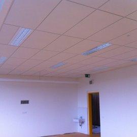 osvětlení ve třídě