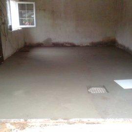 vybetonovaná podlaha