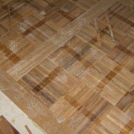 pokládka podlahy
