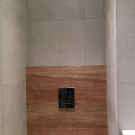 Praha 5 - Košíře -  Rekonstrukce koupelny a WC - geberit tlačítko