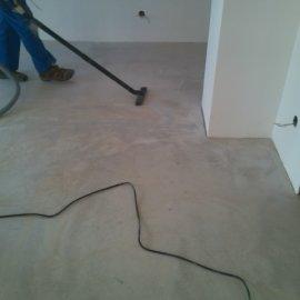 Řitka - RD - podlahy - vysávání