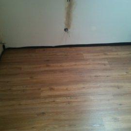 Řitka - RD - podlahy - pokládka vinylové podlahy se zámkem