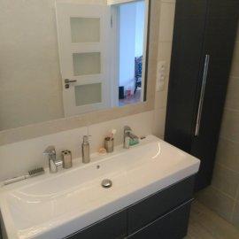 Rekonstrukce bytu na podkovce - koupelna 1