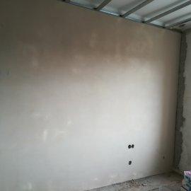 vyštukovaná stěna
