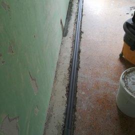 Rekonstrukce bytu Dejvice - rozvod topení v podlaze