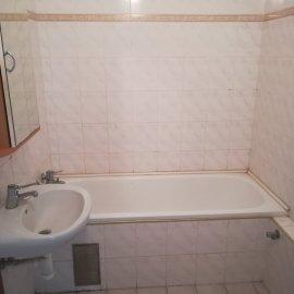 Rekonstrukce Mokrá - původní koupelna