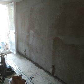 Rekonstrukce Mokrá - natažení stěny lepidlem
