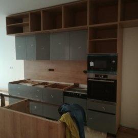 Kompletní rekonstrukce bytu Praha Nusle - kuchyňská linka