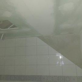 kompletní rekonstrukce bytu Praha 3 - koupelna podhled + obklady