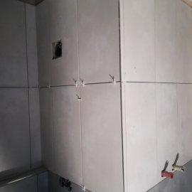 kompletní rekonstrukce panelákového bytu - obklad keramický
