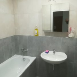 kompletní rekonstrukce panelákového bytu - umyvadlo + vana