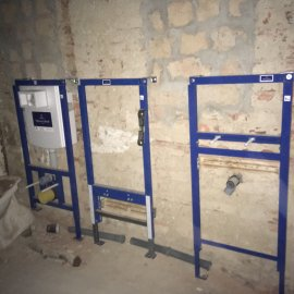 Rekonstrukce dvou bytů - podomítkové systémy