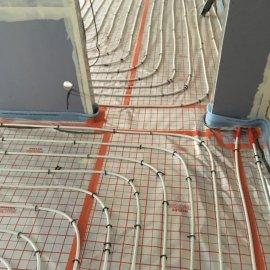 Rekonstrukce dvou bytů - podlahové topení