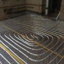 Rekonstrukce dvou bytů - podlahovka