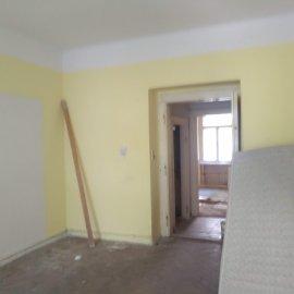 Rekonstrukce dvou bytů - původní omítky
