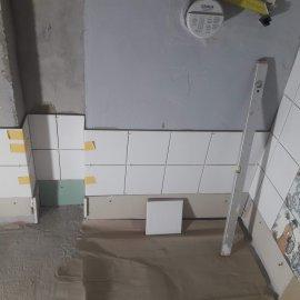 rekonstrukce bytu v Praze 10 - založení obkladu
