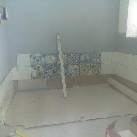 rekonstrukce bytu v Praze 10 - keramický obklad