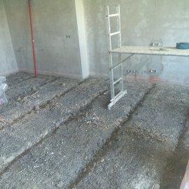 rekonstrukce bytu v Praze 10 - škvárové polštáře