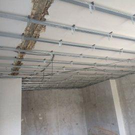 rekonstrukce bytu v Praze 10 - konstrukce sádrokartonového podhledu