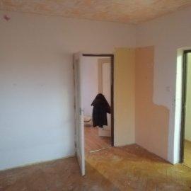 Rekonstrukce 3+kk Praha 10 - původní pokoj