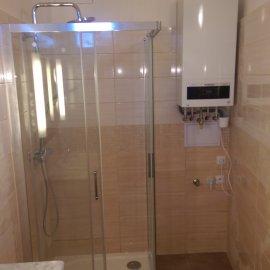 Praha 10 - rekonstrukce koupelny - sprchový kout