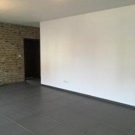 Rekonstrukce tří bytových jednotek v RD - dlažba