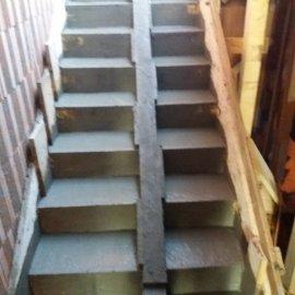 Hodonín - Výstavba polyfunkčního domu - schody