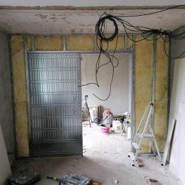 Rekonstrukce bytu v Bráníku - pouzdro JAP pro posuvné dveře