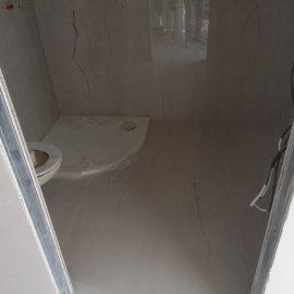 částečná rekonstrukce bytu - keramická sprchová vanička