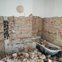 Kompletní rekonstrukce bytu Praha Nusle - bourací práce
