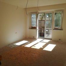 Kompletní rekonstrukce bytu Praha Nusle - ložnice s balkónem