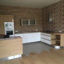 rekonstrukce bytu v Praze 10 - kuchyň